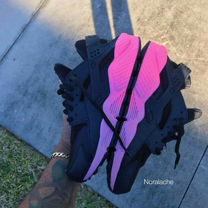 Nike Haraches | ✿ Pinterest: ℓuxulƗrɑv | IG: @ℓuxuriousuℓƗrɑvıoℓeƗ LUXURIOUSULTRAVIOLET.com ✿ #luxuriousultraviolet