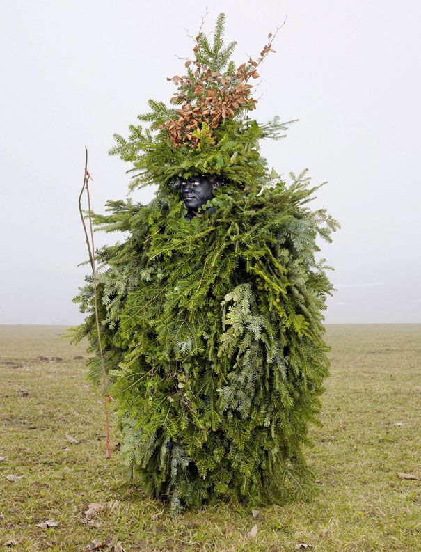 19 Wild Costumes From European Pagan Rituals Still Practiced Today | DeMilked