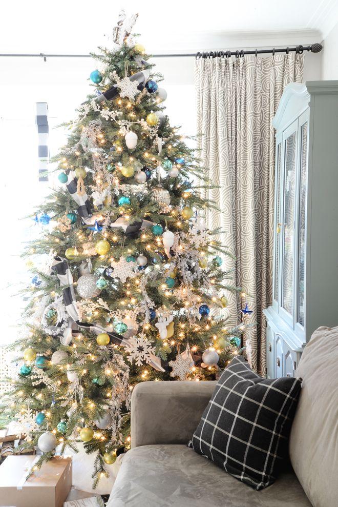 Rambling Renovators | Christmas home tour | black white buffalo check plaid moose silver cozy | christmas tree