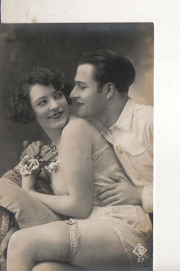 French risque deco photo sexy couple ca 1920