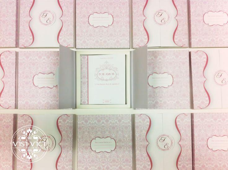 "Convite ""caixa"" - exterior Love Story wedding invitation by Visi Vici  http://www.visivici.com/"