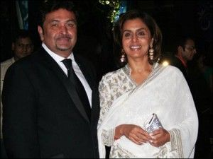 his is probably the cutest and most compatible couple of its time. Rishi Kapoor was a heart throb for millions with his chocolate boy charms. Neetu was a talented and undoubtedly beautiful actress. She retired from films at an early age of around 22 years to enjoy her family life with Rishi while he continued to work. The couple whenever seen is possessed by the charm of love as they still manage to look so energetic and over taken by love.