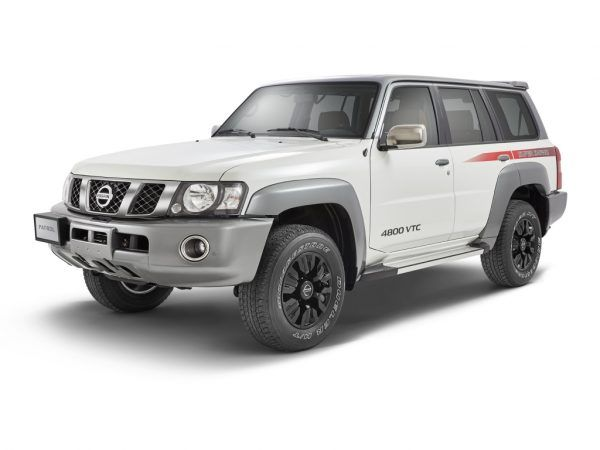The Y61 Generation Nissan Patrol Still On Sale In Select Markets Including The Uae After The New Y62 Generation Came Ou Nissan Patrol Nissan Patrol Y61 Nissan