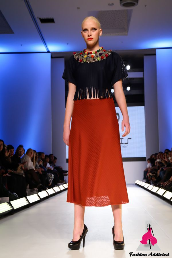 axdw, 17thaxdw, fashion show, fashion week, athens, fashion, black and white, models, runway, catwalk, panos apergis, designer