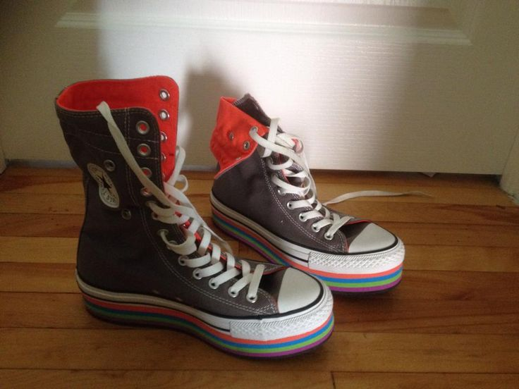 LIMITED! Converse. Size 5.5 (fits a women 8-8.5) I'm putting these up since they hurt my feet but i love them so much <3! Worn less than 10 minutes. 40$ + shipping