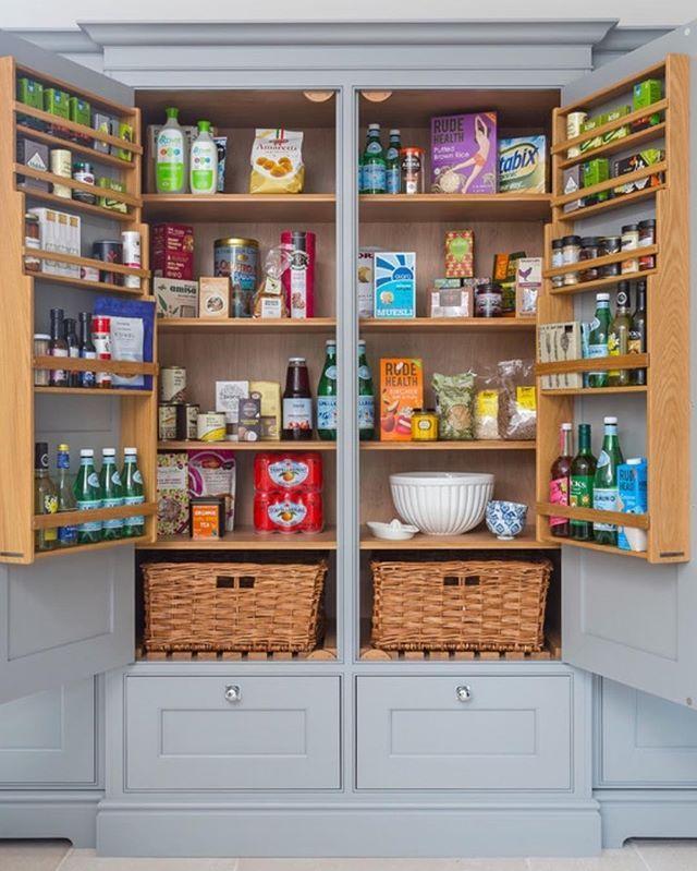 Kitchen storage inspiration via Lewis Alderson & Co. ⚓️ Also, a new design blog post and #Nsale post is live CoastalCollectiveCo.com⬅️ #linkinprofile #kitchen #interiordesign