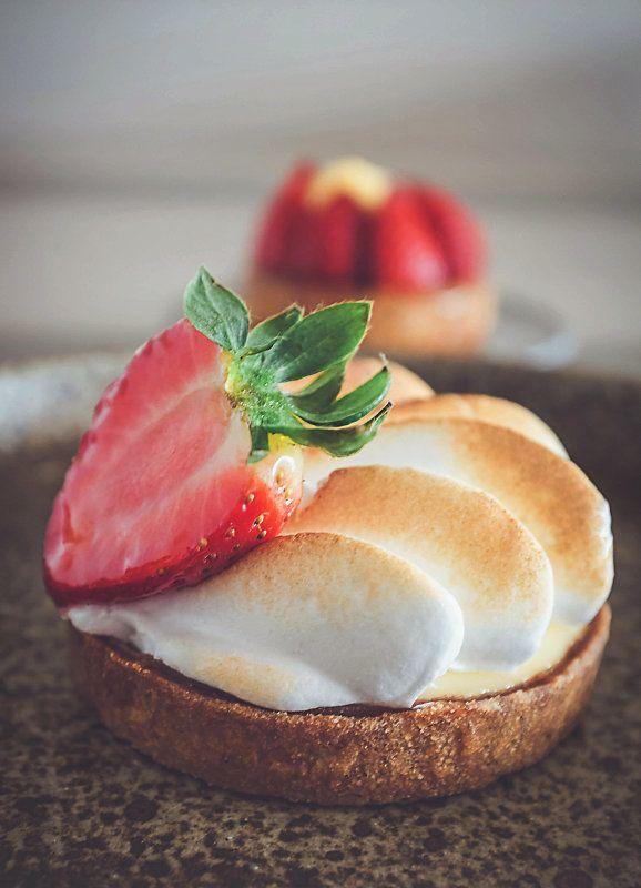Lemon pie  #pâtisserie #photography #cheesecake #homemade #foodphotography #bakery #pastries  #france #lemonpie #pie