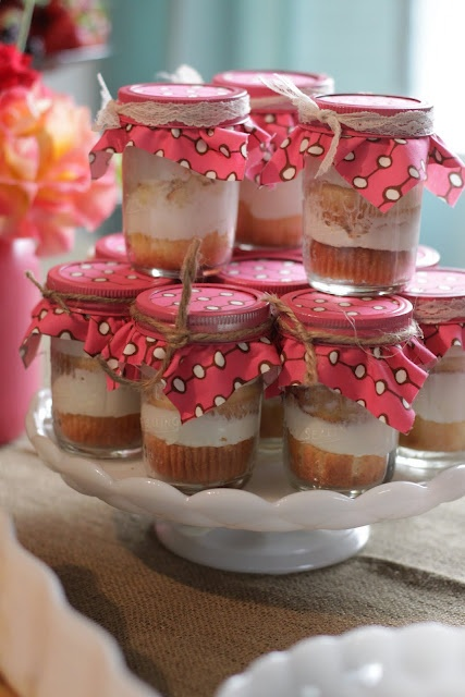 Cupcakes in jar - a delightful addition to Mother's Day brunch #PPBmothersday