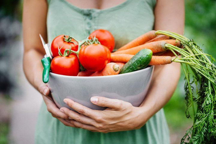 A healthy and nutritious diet plays a very important role in sustaining the overall health of the body. Nowadays people are choosing vegetarian diet over carnivorous diet. For all non-vegetarians, we have this general mistaken belief that chicken fish, meat....