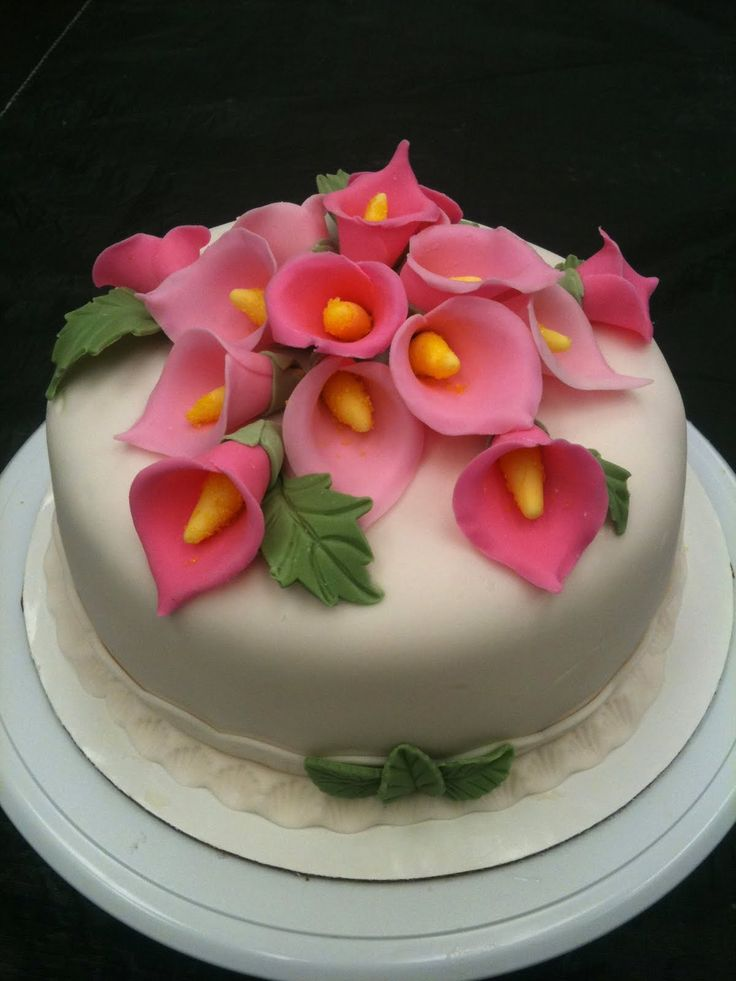 wilton decorating ideas with fondant and gumpaste ...