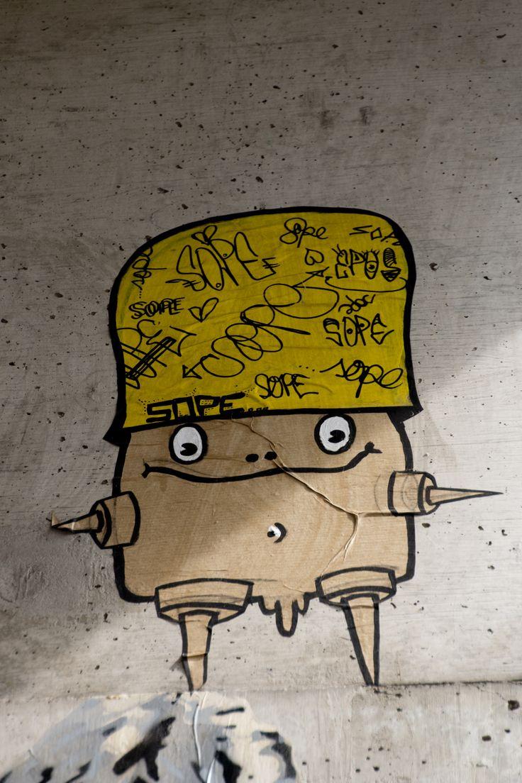 Yellow cap man sticker Berlin 2014