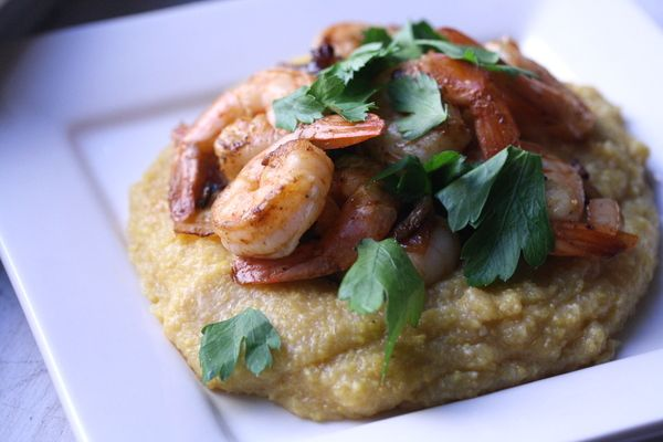 thing grilled crab cakes with old bay aioli recipe the best seafood ...