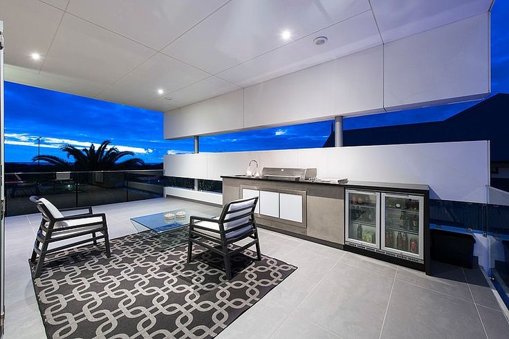 Modern Rectangular House Impresses With A Splendid Architecture And Interior Design