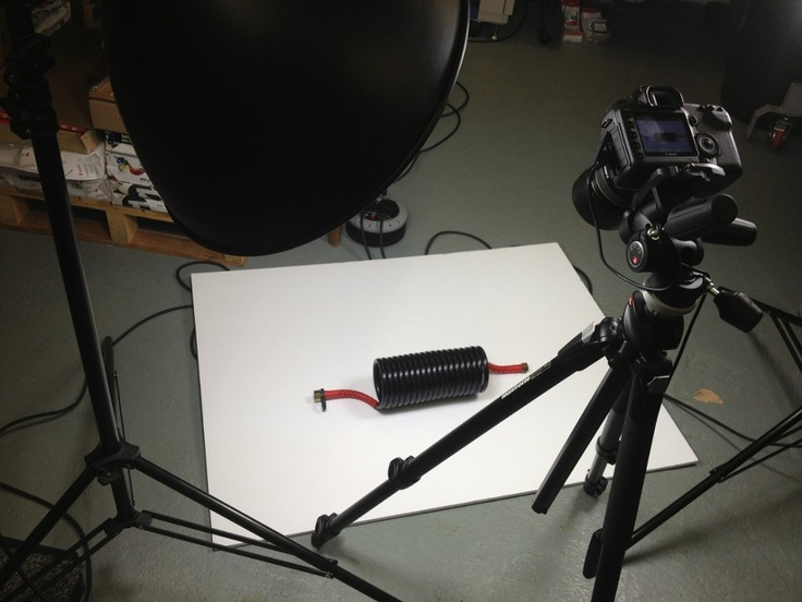 TOUCH questa immagine: Product Photography / Behind the scenes by Guto Lloyd-Davies