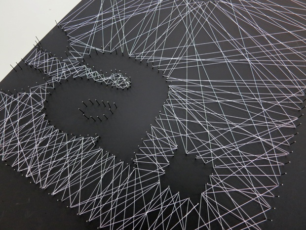 89 besten projekt nagel faden bilder auf pinterest nieten fadenkunst wand und rahmen. Black Bedroom Furniture Sets. Home Design Ideas