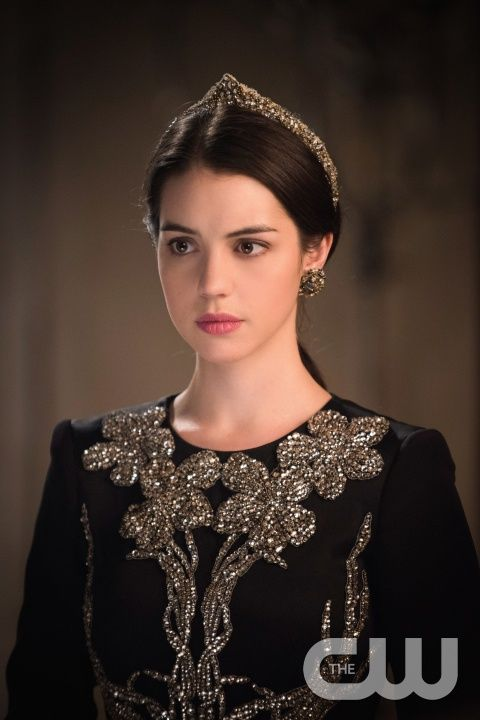 """Reign -- """"The Siege"""" -- Image Number: RE221b_0100.jpg -- Pictured: Adelaide Kane as Mary, Queen of Scotland and France -- Photo: Christos Kalohorides/The CW -- © 2015 The CW Network, LLC. All rights reserved.pn"""