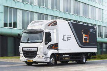 В новом году компания DAF Trucks представила развозной грузовик DAF LF в версии 2016 Edition, отличающейся повышенной экономичностью и безопасностью.