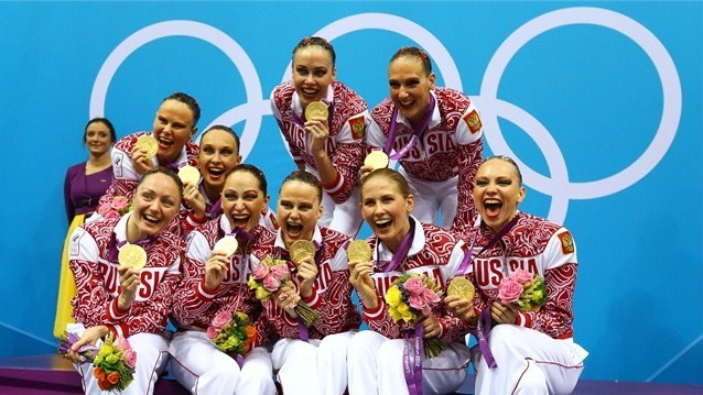 Russia retain Team title. Reigning Olympic Synchronised Swimming champions Russia held onto their title today, winning gold in the Team event.  (fri aug 10, 2012) DAVYDOVA A, GROMOVA M, ISHCHENKO N,KHASYANOVA E, KOROBOVA D,   PATSKEVICH A, ROMASHINA S, TIMANINA A, SHISHKINA A, Reserve