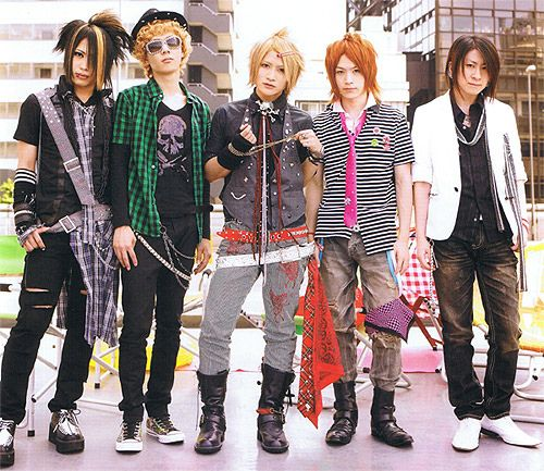 An Cafe is my FAVORITE band! Its a Japanese Visual Kei band. NYAPPY! An Cafe by klingsi20, via Flickr