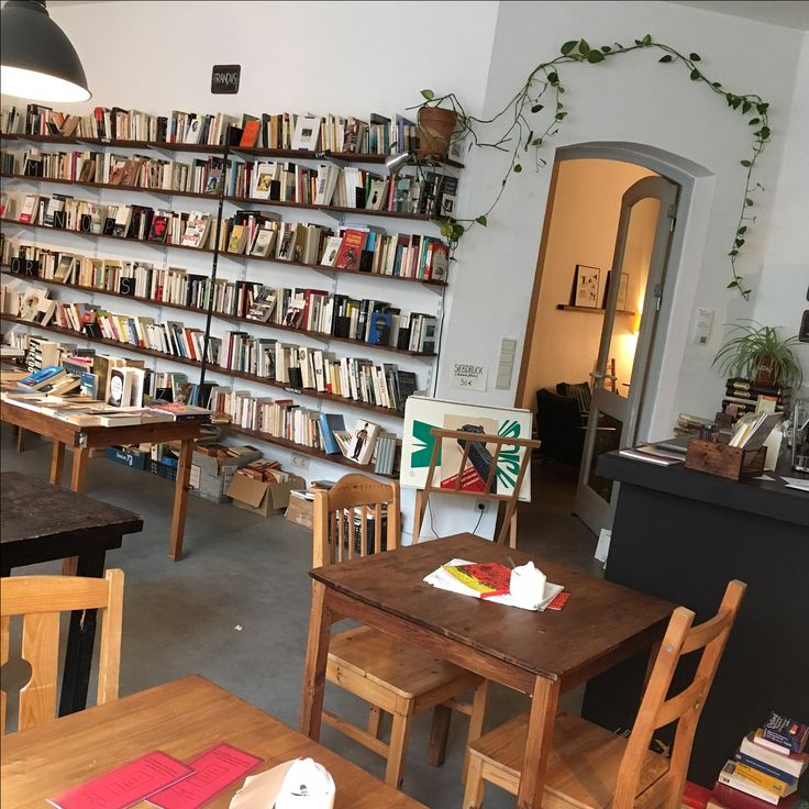 Raum B oct 2016 Bookstore Berlin