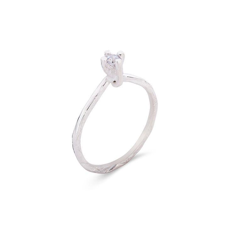 18K white gold or silver EDITH ring. Round Brilliant Cut DIAMOND 0,17ct Vs Tw or…