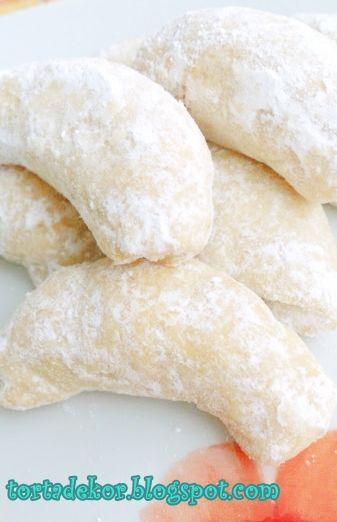 Torták és más finomságok: Pihe-puha hókifli
