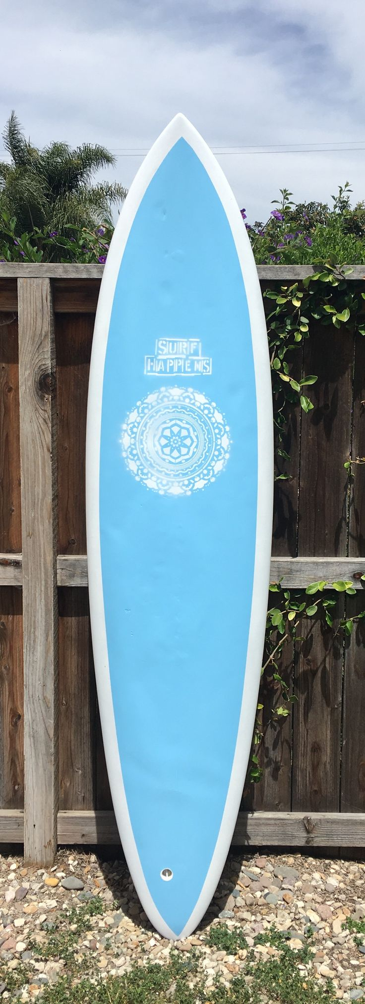 Surf Happens ! Decorative painted used surfboard resto by Chubbysurf.com !