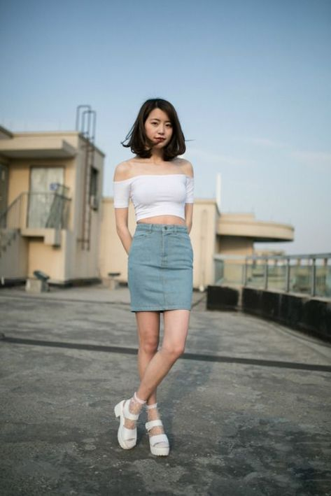 f72ea45f32a 5 Tips For How To Wear A Denim Skirt | Clothes | Korean fashion ...