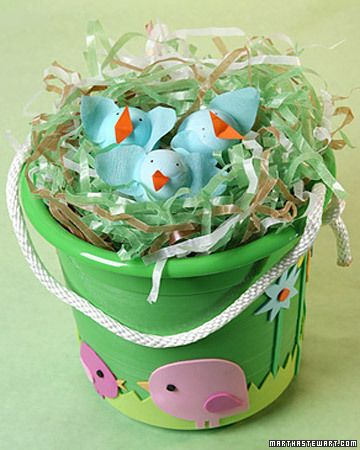 try this!: Paper Scrap, Easter Crafts, Crafts Kids, Easter Decor, Diy Craft, Easter Buckets, Easter Baskets, Wraps Paper, Easter Ideas