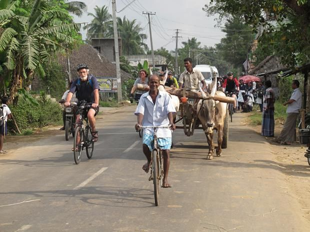 Southern India Coast to Coast Ride, Cycle through two distinctively different Indian states