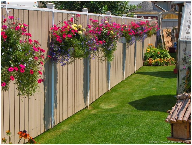 landscape fence ideas flowers