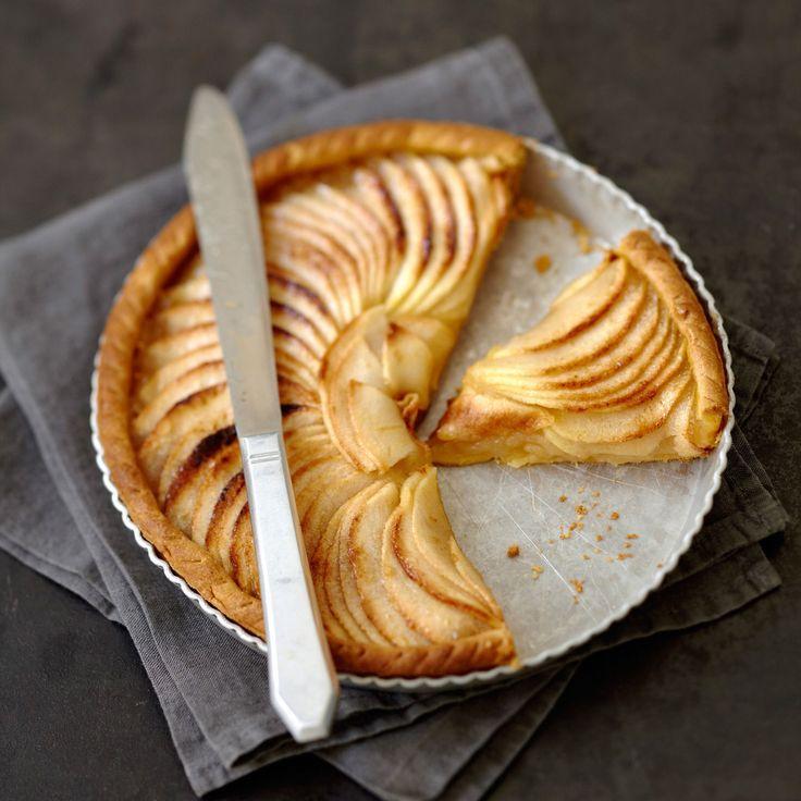 Découvrez la recette de la tarte aux pommes et à la compote