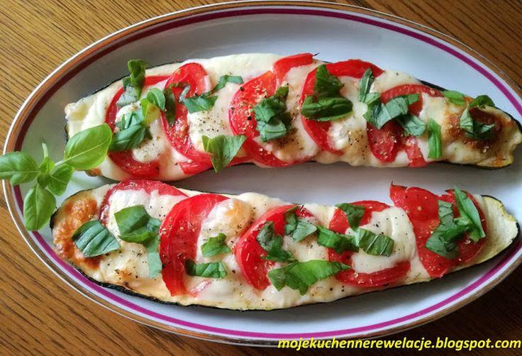 Cukinia faszerowana pomidorami i mozzarellą - 236 kcal