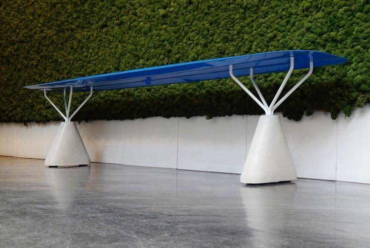 Lilo Bench hydroformage par Connor Holland #design #furniture #mobilier #bench #banc #métal #steel
