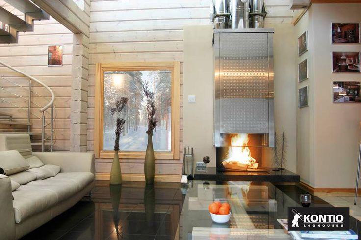 Cheminée sur-mesure dans une maison en bois Kontio en Russie.  http://www.kontio.fr/