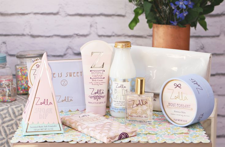 It's always hard to keep completely schtum whilst working on an exciting launch, especially when things like this take almost a year from start to shelves. I'm super excited to share with you the Sweet Inspirations range, comprising of 8 products smelling of sweet macarons and housed