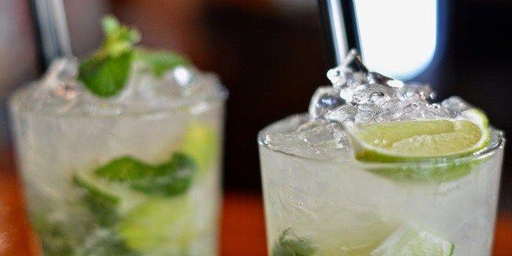 vinjournalen.se -  Vin Tips : Nu kan du börja öva på att göra sommarens limedrinkar! |  Det är 4 år sedan som Absolut senast släppte en ny smak men nu har man alltså släppt den efterlängtade Absolut Lime om passar perfekt till klassiska vodkadrinkar. Absolut Lime lanserades den 1:a april 2017 på Systembolaget och därmed har alla vi drinkentusiaster som gillar lime fått en ny... http://wp.me/p73gTR-3EA