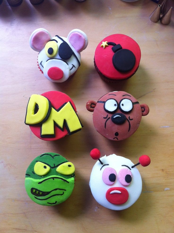 Dangermouse cupcakes!!!!