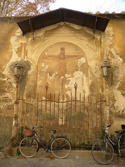 Tuscan Fresco - Lucca