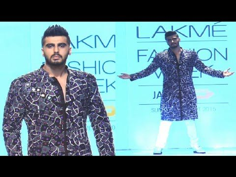 Arjun Kapoor's DASHING ramp walk at Lakme Fashion Week 2015.
