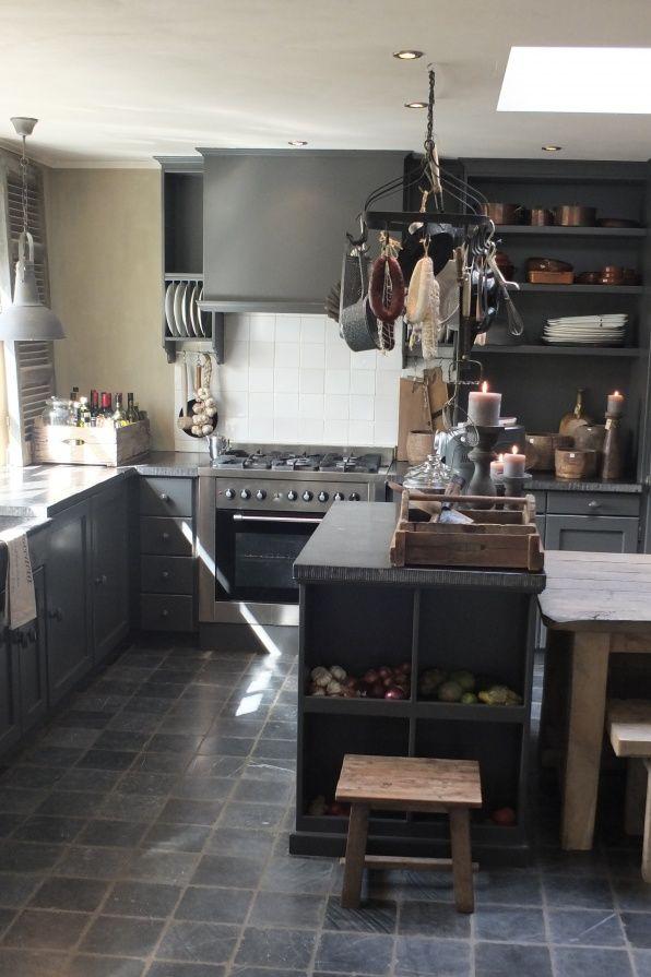 25 beste idee n over grijze vloer op pinterest grijze houten vloeren grijze hardhouten - Hardhouten vloeren vloerverwarming ...