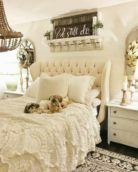 Best 25+ Rustic chic bedding ideas on Pinterest   Country ...