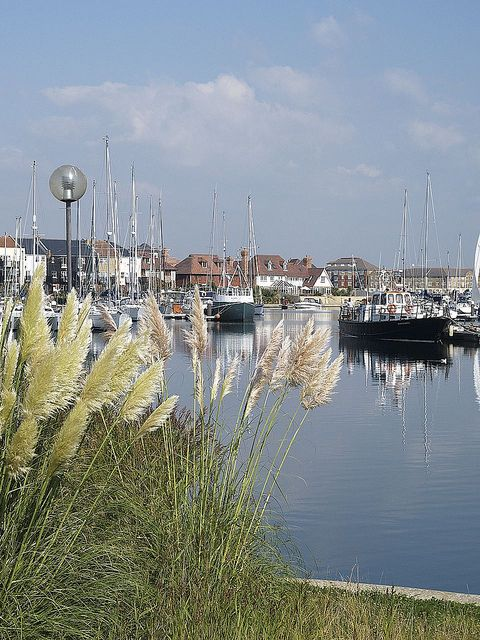 Sovereign harbor eastbourne east sussex england for Places to vacation on the east coast