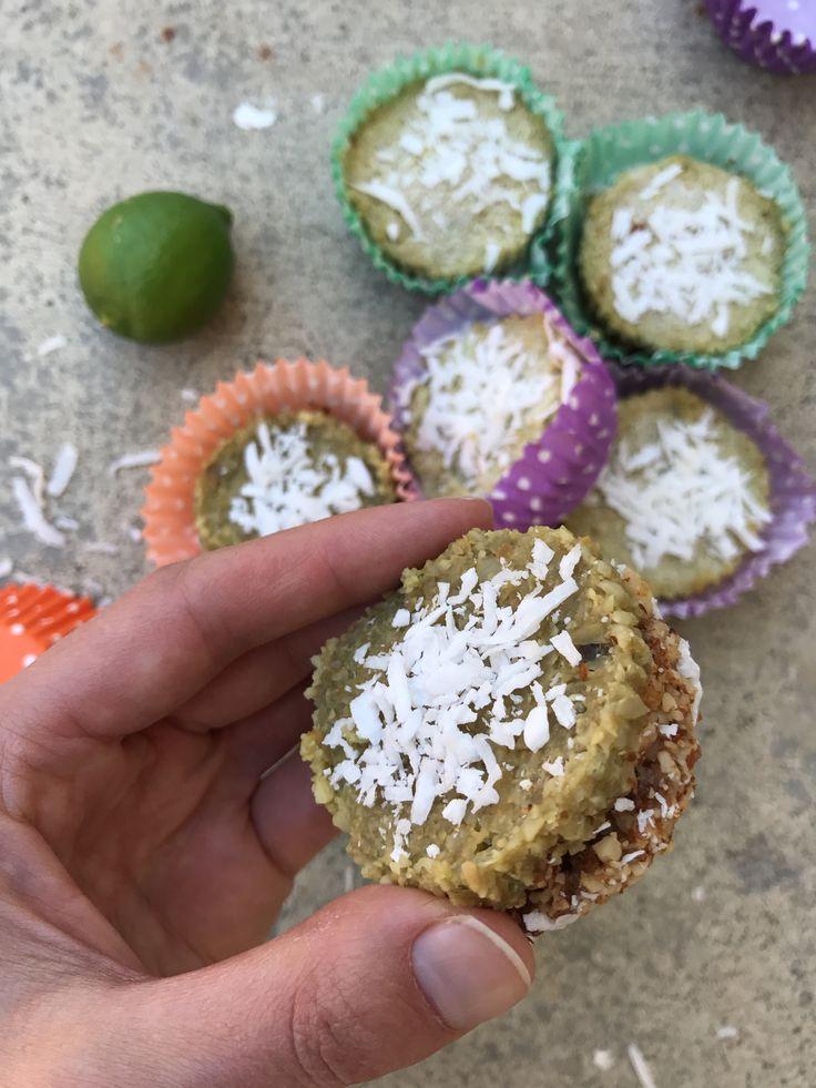 Raw Key Lime Pies