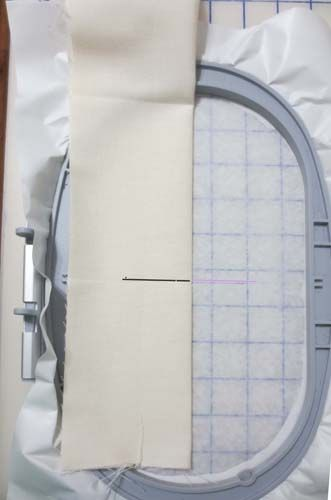 Aligning Centers for Hoopless Embroidery