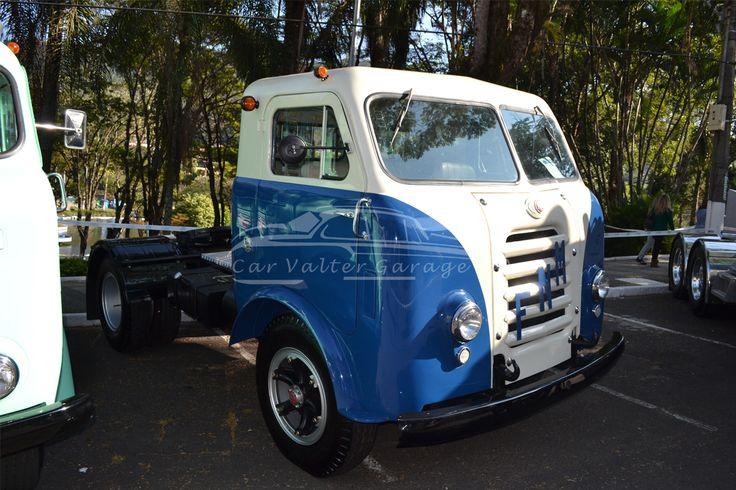 1° Encontro Brasileiro de Autos Antigos - Águas de Lindóia Cobertura