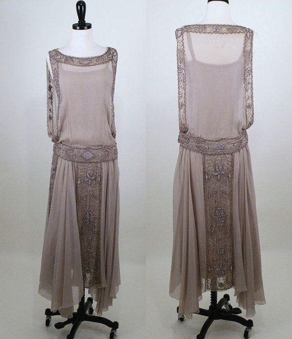 Reservados 1920 seda cuentas y aleta vestido por BillyGoatVintage