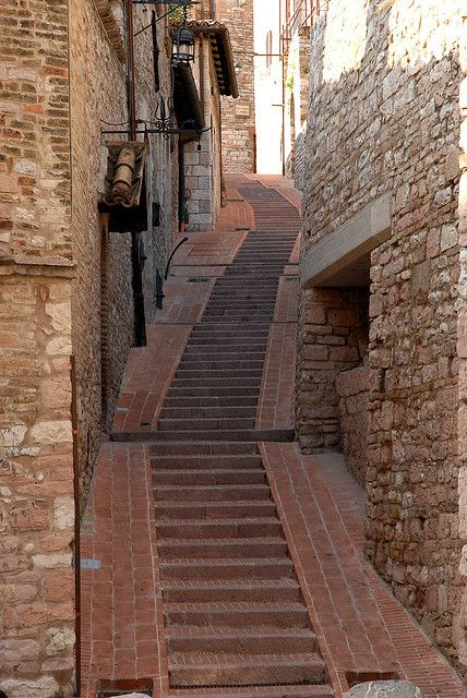 My goodness that is all up hill walking...Assisi, Umbria, Italy