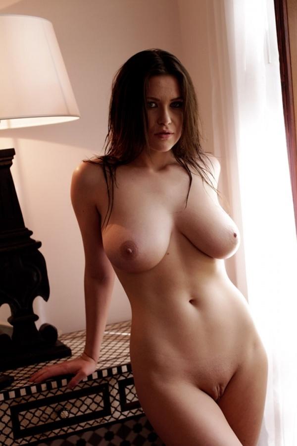 эротические фото девушек с натуральной грудью онлайн