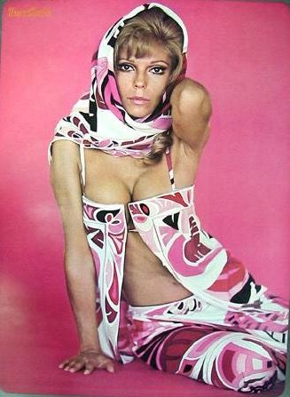 Nancy Sinatra in pink Pucci